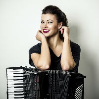 Ksenija Sidorova, accordion